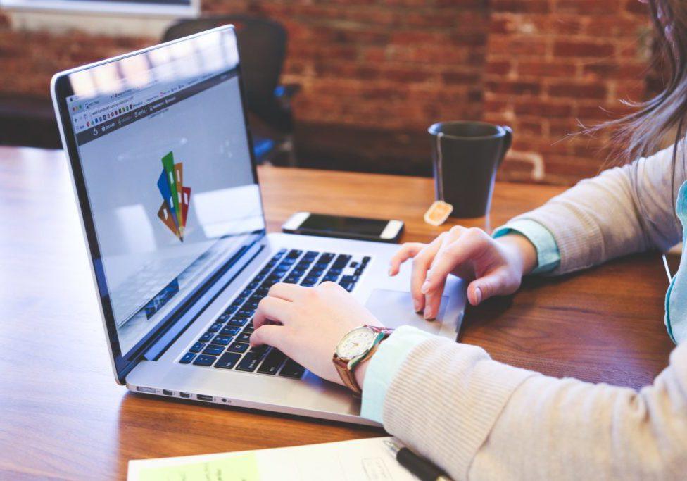 6 motivos que comprovam a importância de criar um site para a sua empresa o quanto antes pq criar um site devo criar um site criação de site